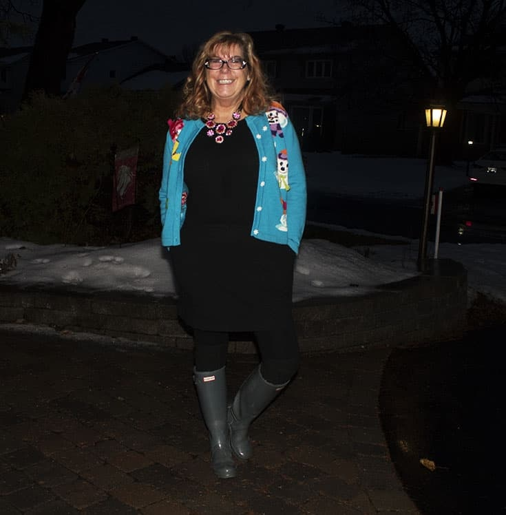snowman sweater and grey hunter boots (7)