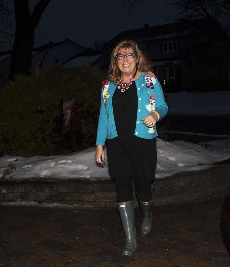 snowman sweater and grey hunter boots (8)