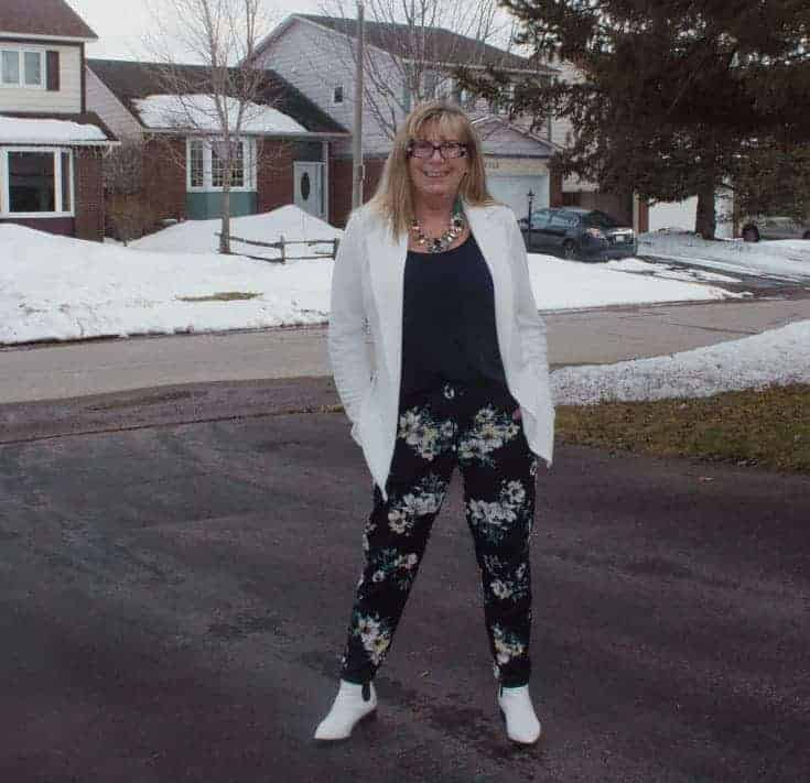 Giant tiger floral pants and white blazer 12