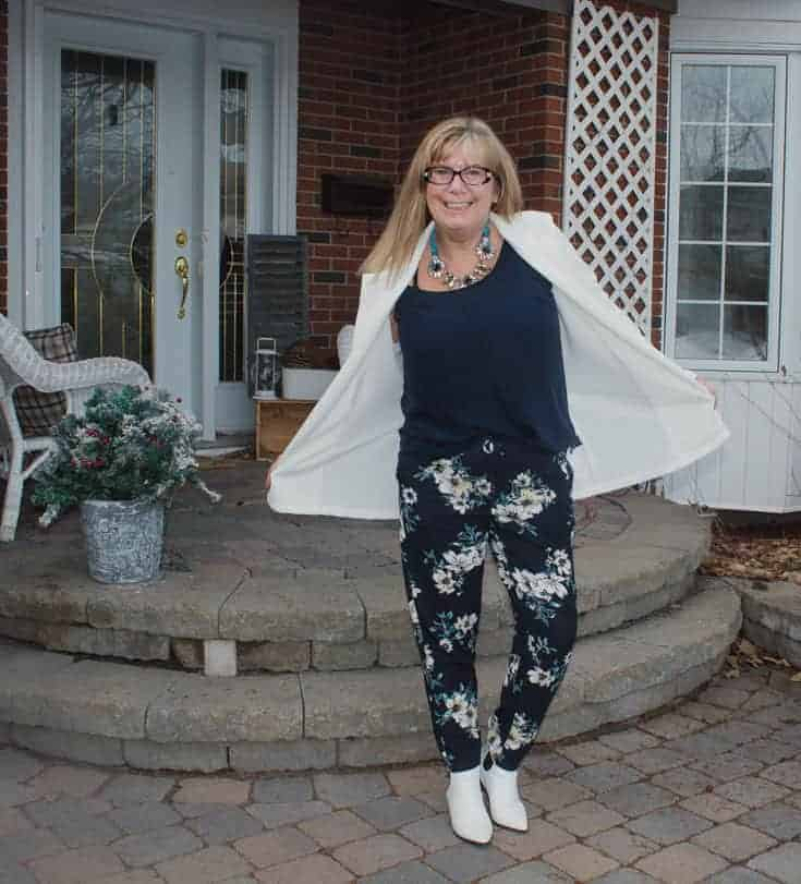 Giant tiger floral pants and white blazer 4