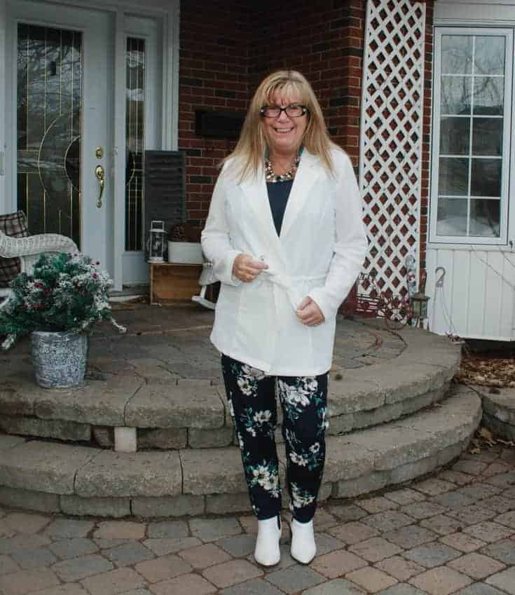 Giant tiger floral pants and white blazer 3