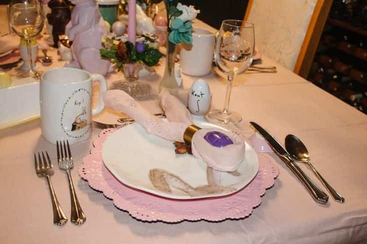 pink plates and chargers