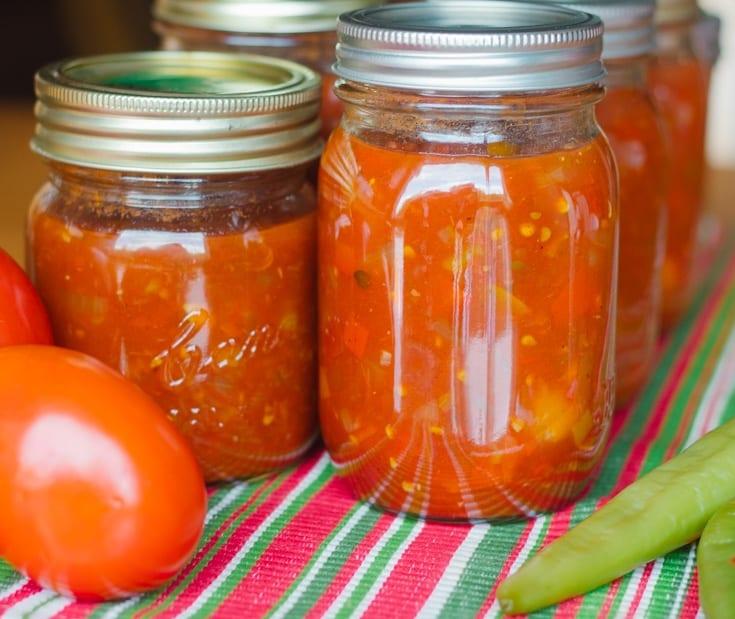 fresh salsa recipe in mason jars