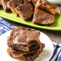 chocolate peanut butter brownies on a plate