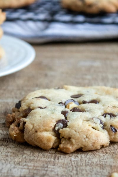Chocolate Chip Cookies with Walnuts