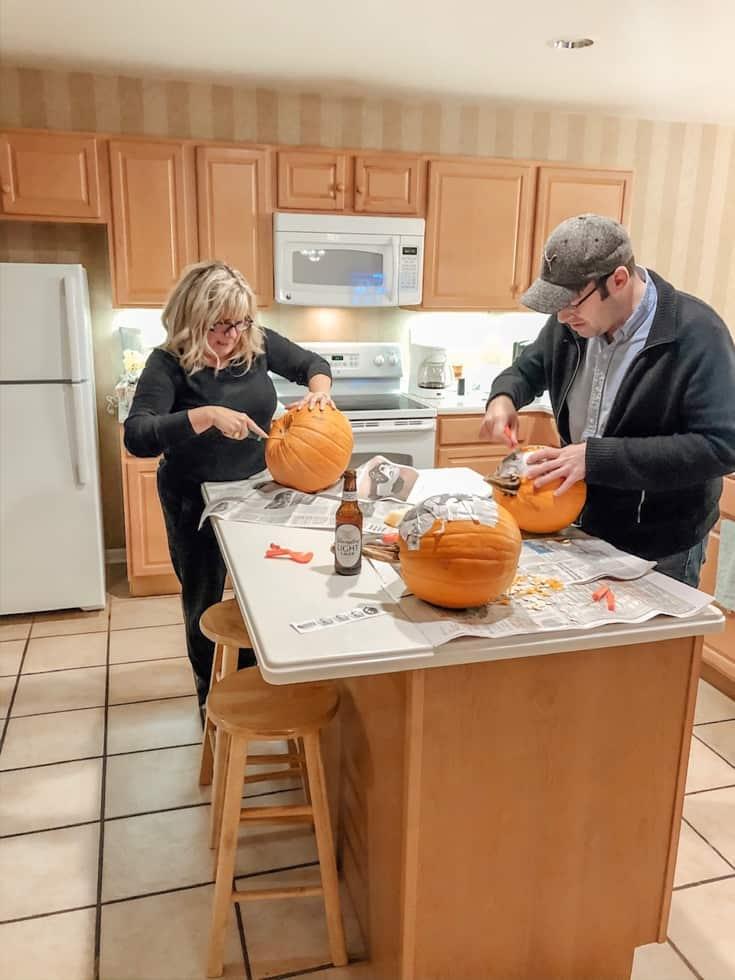 pumpkin carving in the Poconos MOuntain Villas