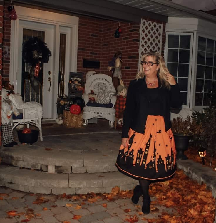 halloween style in a fun spooky skirt