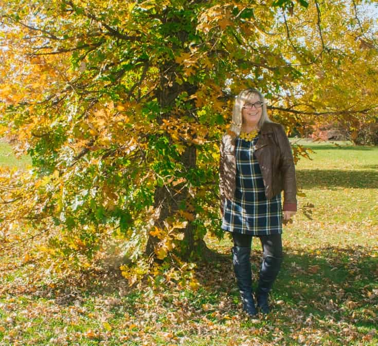 old navy plaid tunic and fall foliage