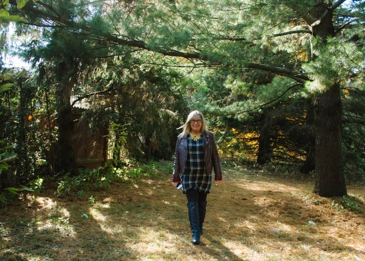 old navy plaid tunic and fall foliage3