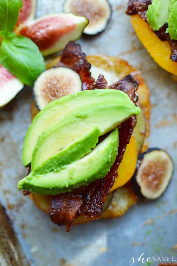 avocado bacon sandwich