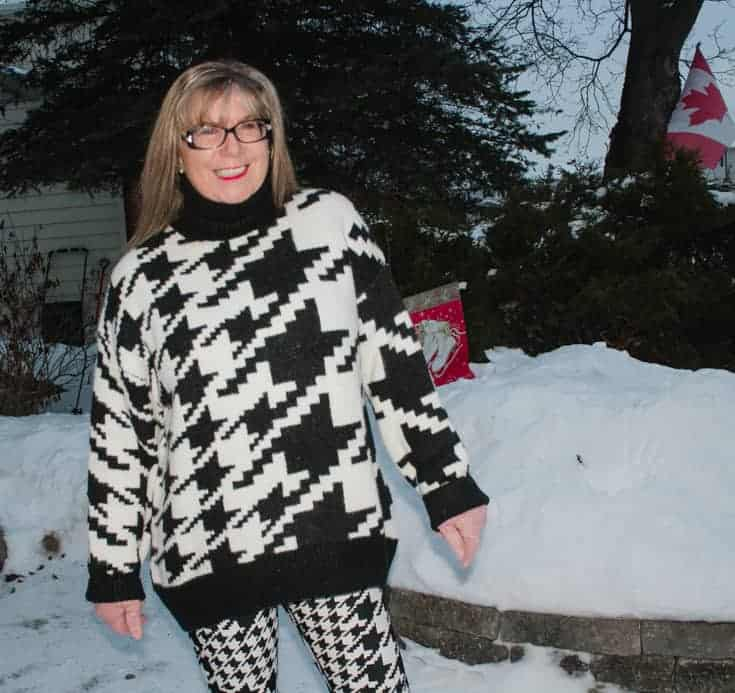 n in the snow in HM houndstooth sweater 2