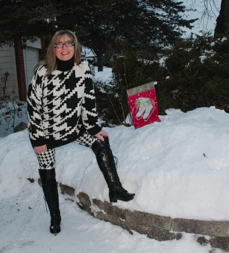 n in the snow in HM houndstooth leggings