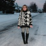 HM houndstooth sweater and leggings in the snow 2