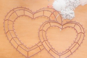 heart wreath forms