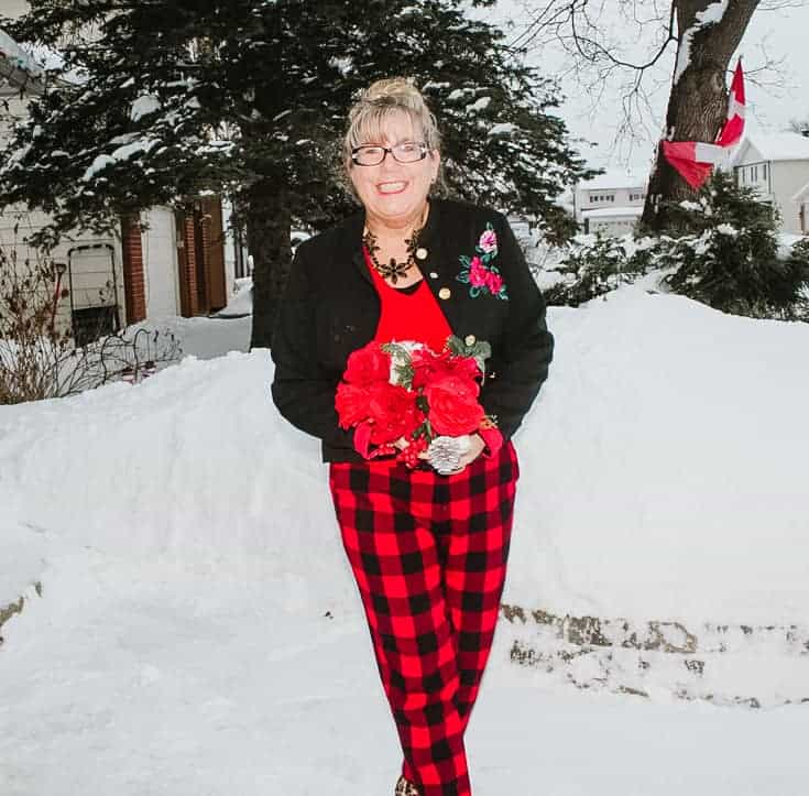 roses and red plaid pants