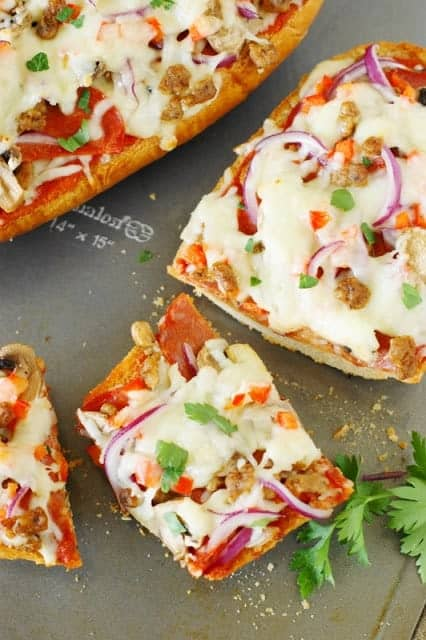 Easy-Supreme-French-Bread-Pizza 11