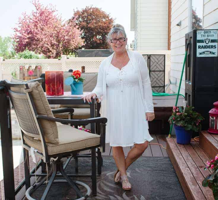 gt white dress
