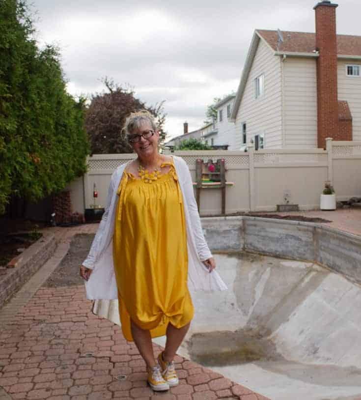 pool work and HM Yellow dress