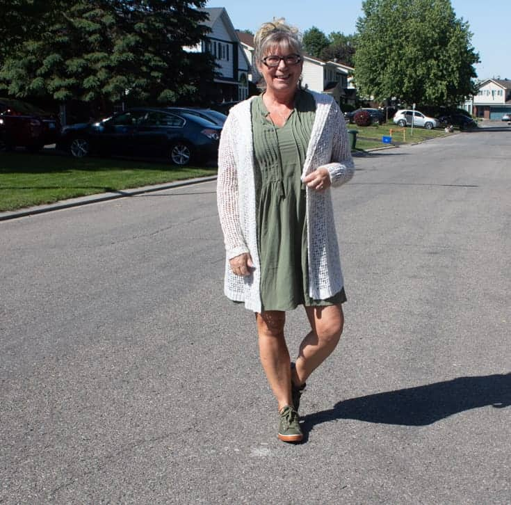 old navy olive shift dress and olive converse