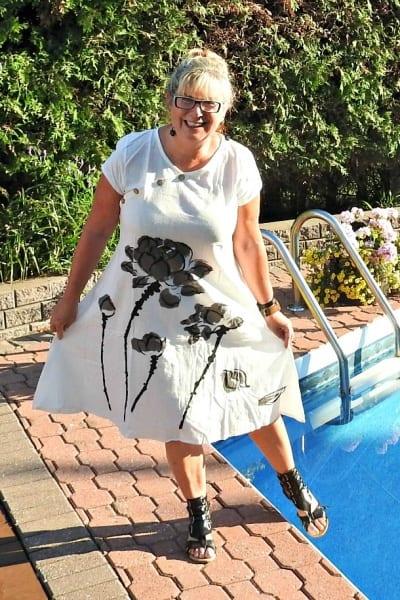 Momma Mia White Linen