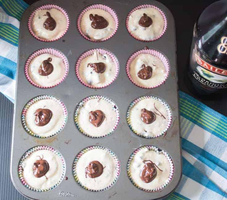 baking mini cheesecakes