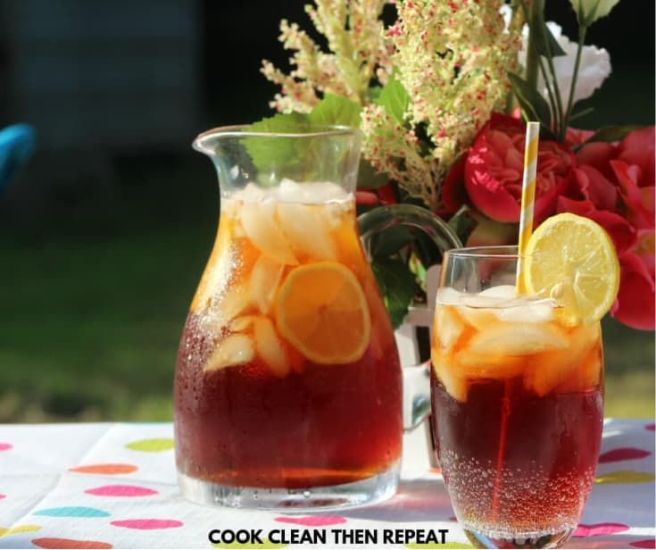 Easy-Homemade-Sweet-Tea-Recipe-1 (1)