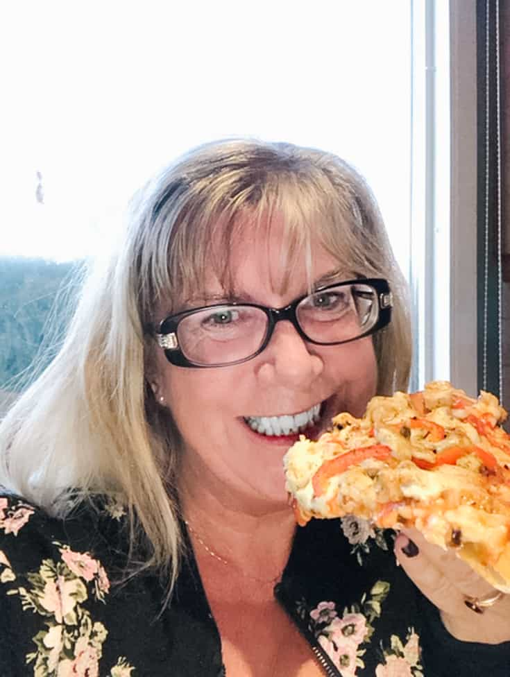 Linda and her Pizza