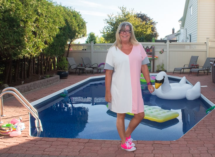 shein tee dress with pink converse