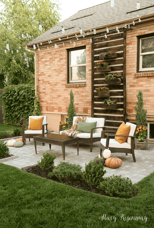 fall patio decor