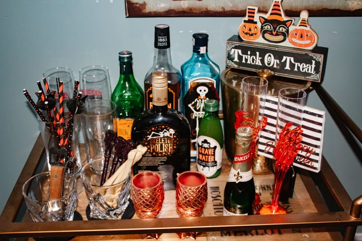 front view of Halloween barcart