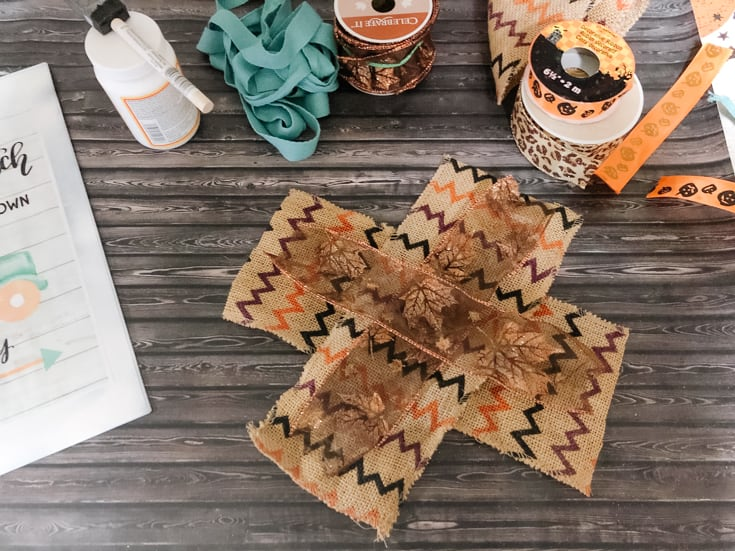 steps to create an easy fall bow