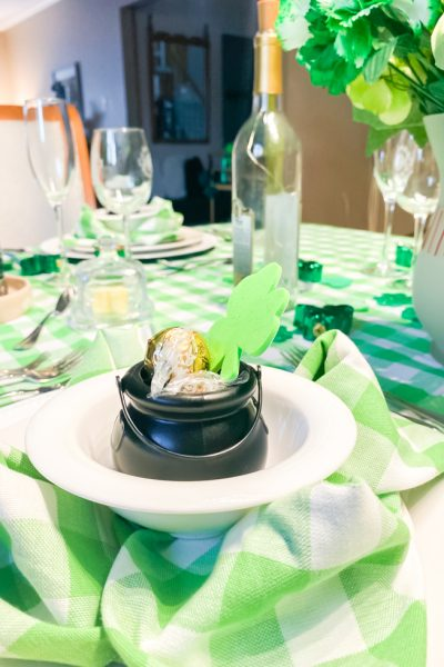 St Paddy's Day Luck of the Irish Tablescape