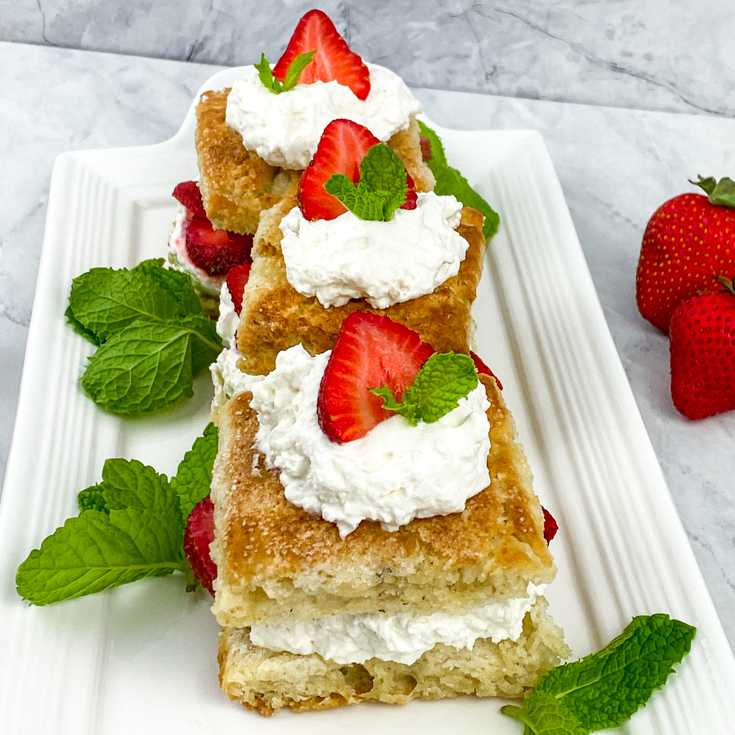 classic strawberry shortcake lined up onon plates
