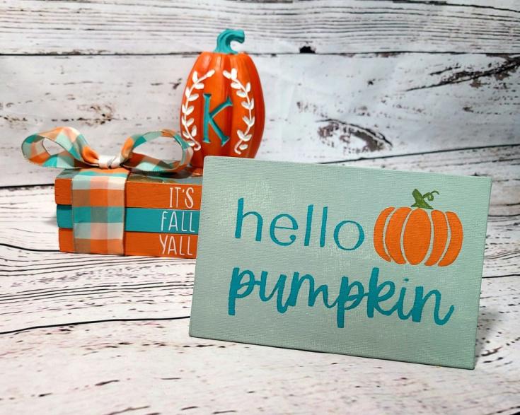 welcome pumpkin sign