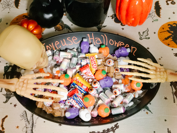 trick or treat chacuterie board