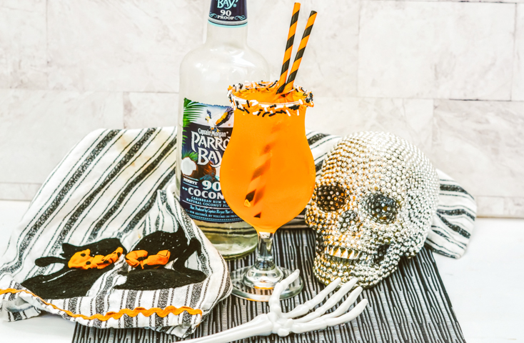 rum cocktail to celebrate Halloween